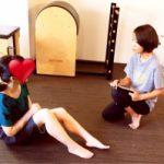 先天性股関節脱臼のためのピラティス指導