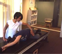 ピラティスインストラクタープロコース 先天性股関節脱臼 ひじの痛み~指先の痛み